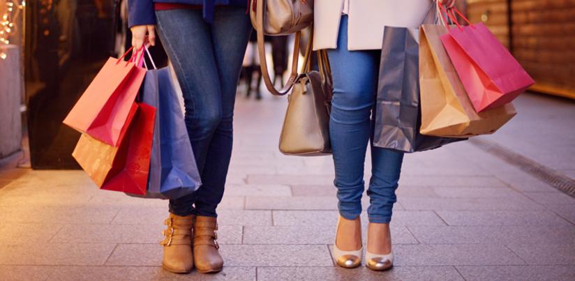 Feet of xmas shoppers